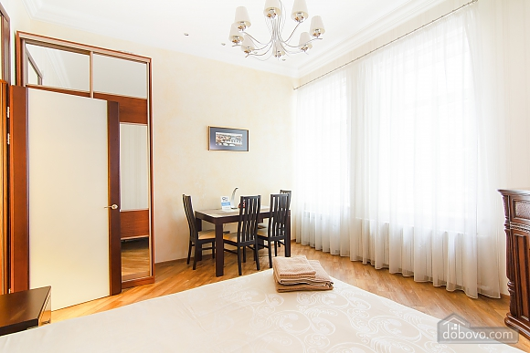 Історичний центр VIP для пари, 1-кімнатна (80295), 009