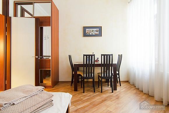 Історичний центр VIP для пари, 1-кімнатна (80295), 010