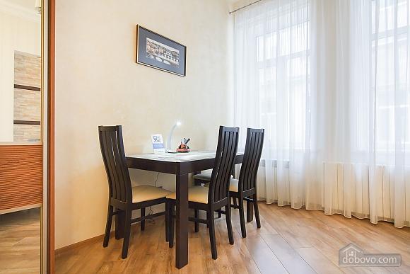 Історичний центр VIP для пари, 1-кімнатна (80295), 012