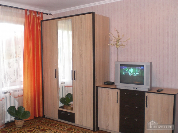 Квартира біля Іскри, 1-кімнатна (88440), 003