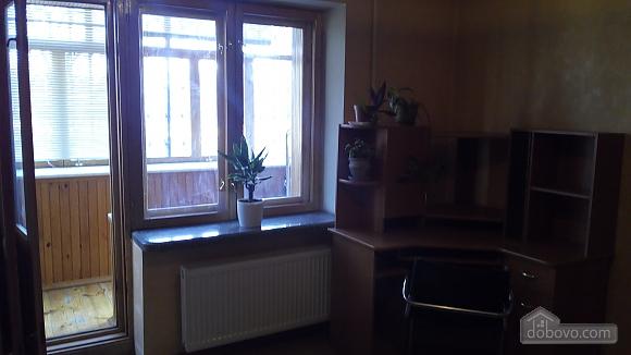 Квартира біля метро Святошино, 1-кімнатна (92587), 003