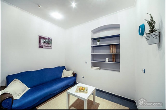 Apartment on the main square, One Bedroom (25987), 004