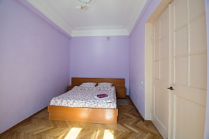 Two bedroom apartment on Prorizna (646), Dreizimmerwohnung, 002