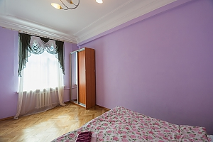 Two bedroom apartment on Prorizna (646), Dreizimmerwohnung, 004