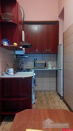 Apartment near Rynok square, Studio (45041), 004