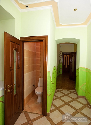 VIP apartment, Two Bedroom (33137), 010