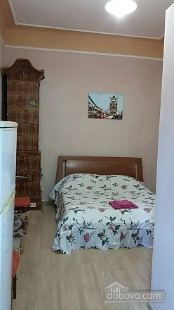 Квартира возле площади Рынок, 1-комнатная (92522), 001