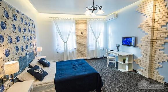 Мини-отель в центре, 1-комнатная (46299), 003