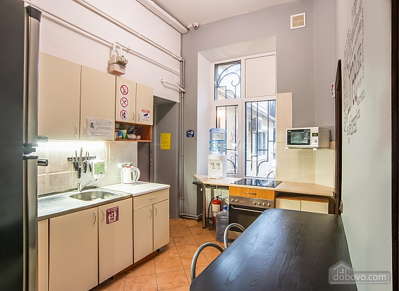 Suit  for three persons with shared bathroom, Studio (57690), 006