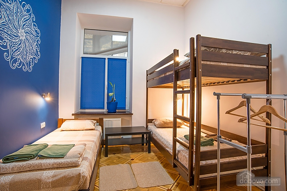 Suit  for three persons with shared bathroom, Studio (57690), 001