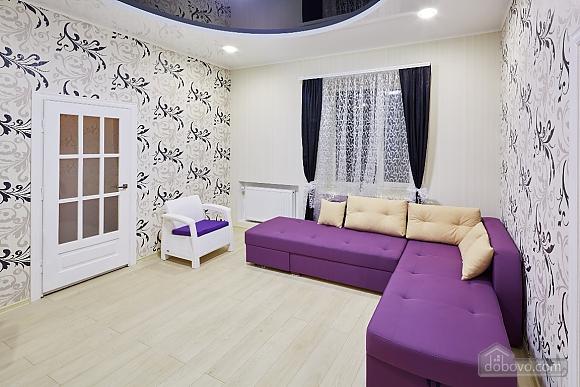 Квартира возле Оперного театра, 2х-комнатная (96179), 013