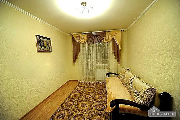 Apartments in the center for the best rest in Truskavets, Due Camere (61681), 010