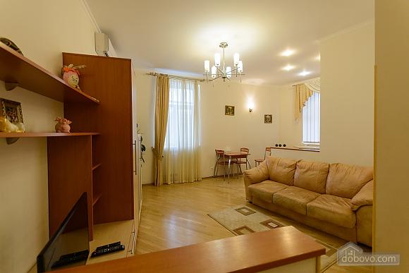 Квартира біля площі Незалежності, 2-кімнатна (84005), 003