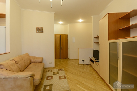 Квартира біля площі Незалежності, 2-кімнатна (84005), 008