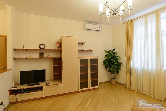 Квартира біля площі Незалежності, 2-кімнатна (84005), 009
