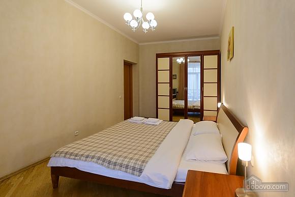 Квартира біля площі Незалежності, 2-кімнатна (84005), 014