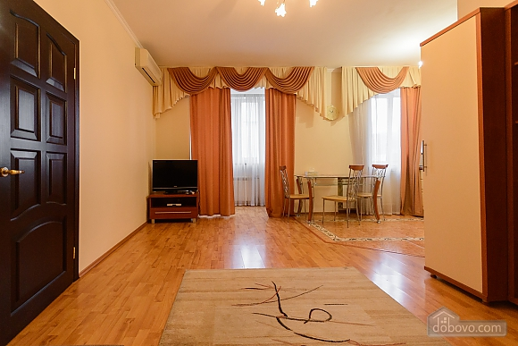 Apartment Khreschatyk 4/3, One Bedroom (90041), 005