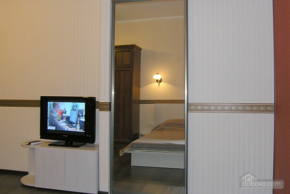 Apartment near Pushkinska station, Studio (27695), 004