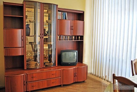 Квартира на площі Льва Толстого, 2-кімнатна (85538), 002
