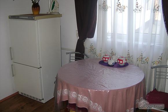 Будинок з альтанкою та мангалом, 1-кімнатна (48824), 003