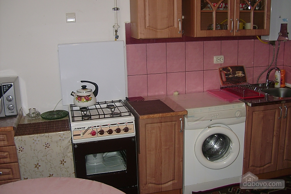 Дом с беседкой и мангалом, 1-комнатная (48824), 004