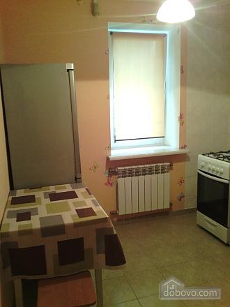 Хорошая и уютная квартира, 1-комнатная (32357), 002