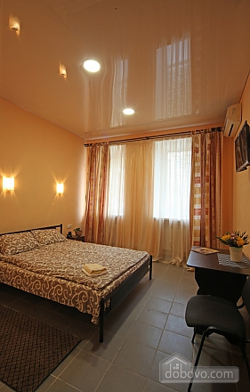 Studio apartment in the heart of the city (mini-hotel), Studio (75257), 001