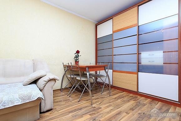 Квартира с 2-мя спальнями, 3х-комнатная (43352), 006