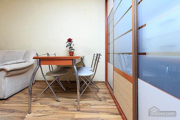 Квартира с 2-мя спальнями, 3х-комнатная (43352), 007