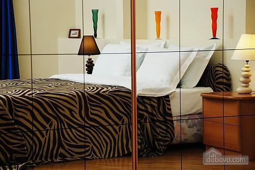 Квартира на Лютеранській, 3-кімнатна (10512), 001
