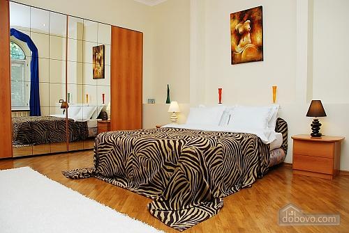 Квартира на Лютеранській, 3-кімнатна (10512), 003