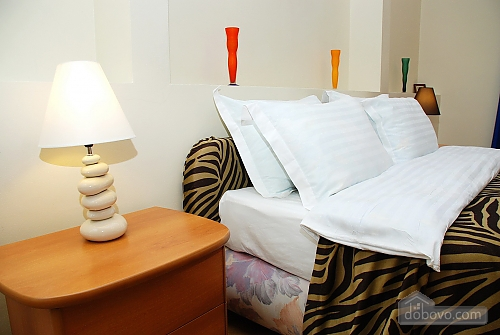 Квартира на Лютеранській, 3-кімнатна (10512), 005