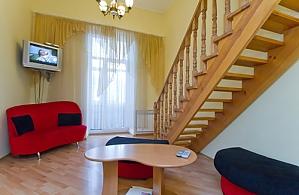 24a Mykhailivska, One Bedroom, 002