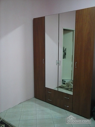 Двухместный номер с балконом в хостеле Найт Лайт, 1-комнатная (21144), 006