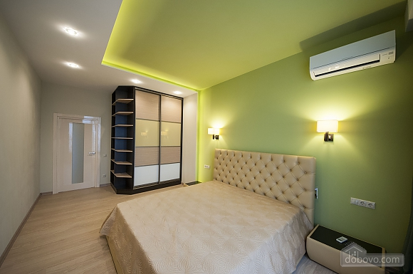 VIP apartment with two separate bedrooms and a terrace in Arcadia, Dreizimmerwohnung (92785), 009