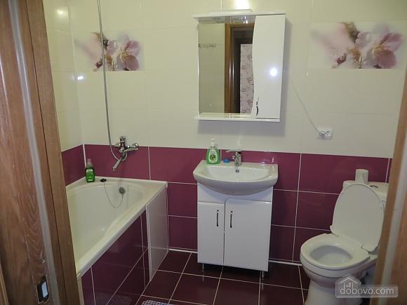 Комфортная квартира, 1-комнатная (82580), 003