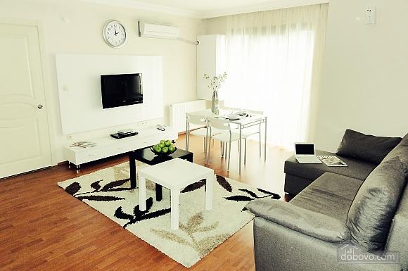 Deluxe suite 1, Two Bedroom (13715), 001