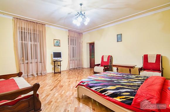 Квартира на площі Ринок, 2-кімнатна (36782), 007