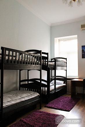 Хостел Франко, 3-кімнатна (74551), 003
