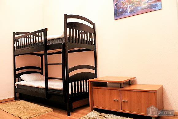 Хостел Франко, 3-кімнатна (74551), 012