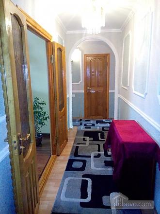 Квартира в тихом районе, 3х-комнатная (67373), 005