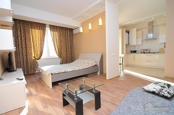 Роскошная квартира в центре, 1-комнатная (90670), 001