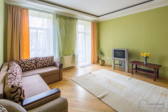 Comfortable apartment, Two Bedroom (60657), 010