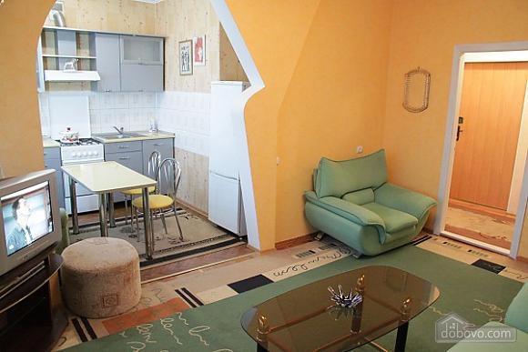 VIP apartment near to McDonald's, Un chambre (29009), 003