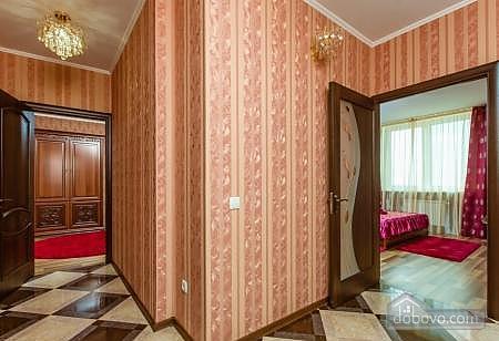 Комфортная квартира с дизайнерским ремонтом, 2х-комнатная (21783), 014