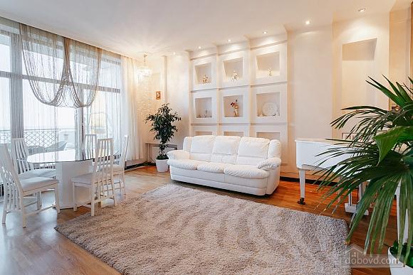 Royal Deluxe квартира с видом на море, 3х-комнатная (63842), 001