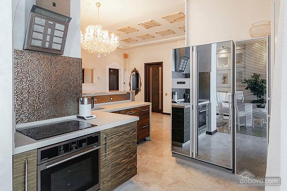 Royal Deluxe квартира с видом на море, 3х-комнатная (63842), 012