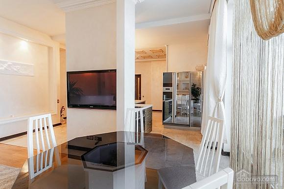 Royal Deluxe квартира с видом на море, 3х-комнатная (63842), 011