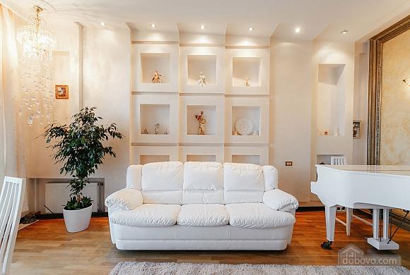 Royal Deluxe квартира с видом на море, 3х-комнатная (63842), 010