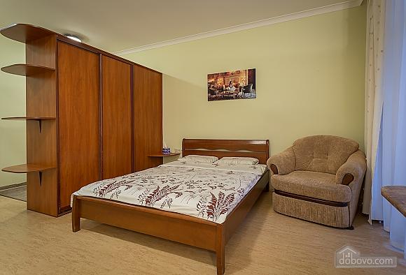 Комфортна квартира біля Золотих Воріт, 1-кімнатна (55371), 004
